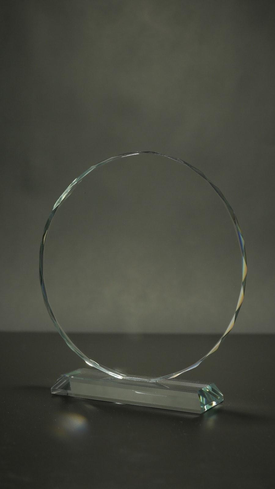 מגן זכוכית עגול – לוחית הוקרה אלומיניום – לוניטק